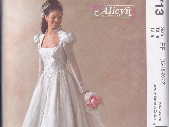 McCalls pattern Alicyn 4713 size FF 16 18 20 22 uncut gown wedding