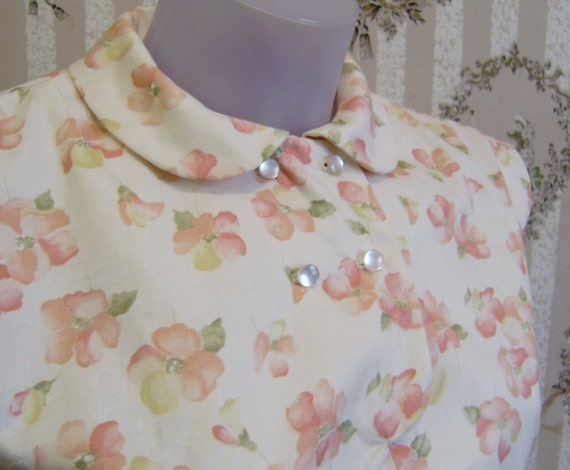 50s reproduction SAMPLE - Tab front print pinup shirt with peter pan collar XS - small