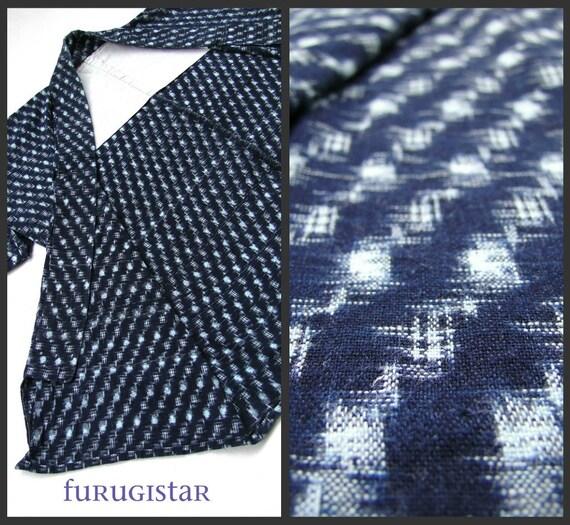 Japanese Indigo IKAT Kasuri Haori Jacket. Antique, excellent condition. (Ref: A)