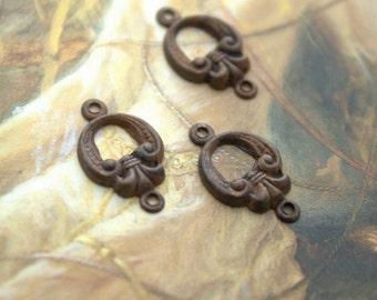 3 Vintage Old Brass Art Nouveau Tiny Drop Connector Pendants