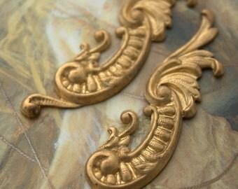 2 Vintage Art Deco Old Brass Original Decorative Pieces
