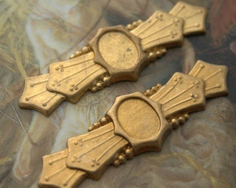 2 Vintage Art Deco Old Brass Original Bold Raised Relief Pieces