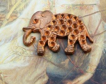 Vintage Unique Deco Old Brass Baby Elephant Piece