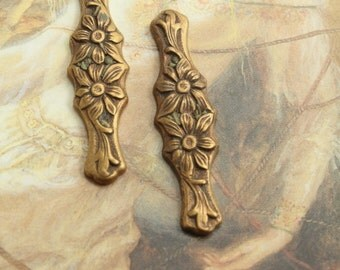 2 Vintage Old Brass Beautifully Carved Floral Decorative Pieces
