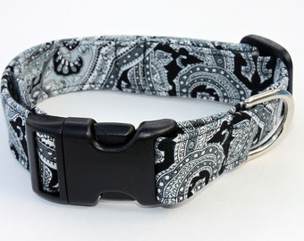 Black and White Paisley Dog Collar Size XS, S, M or L
