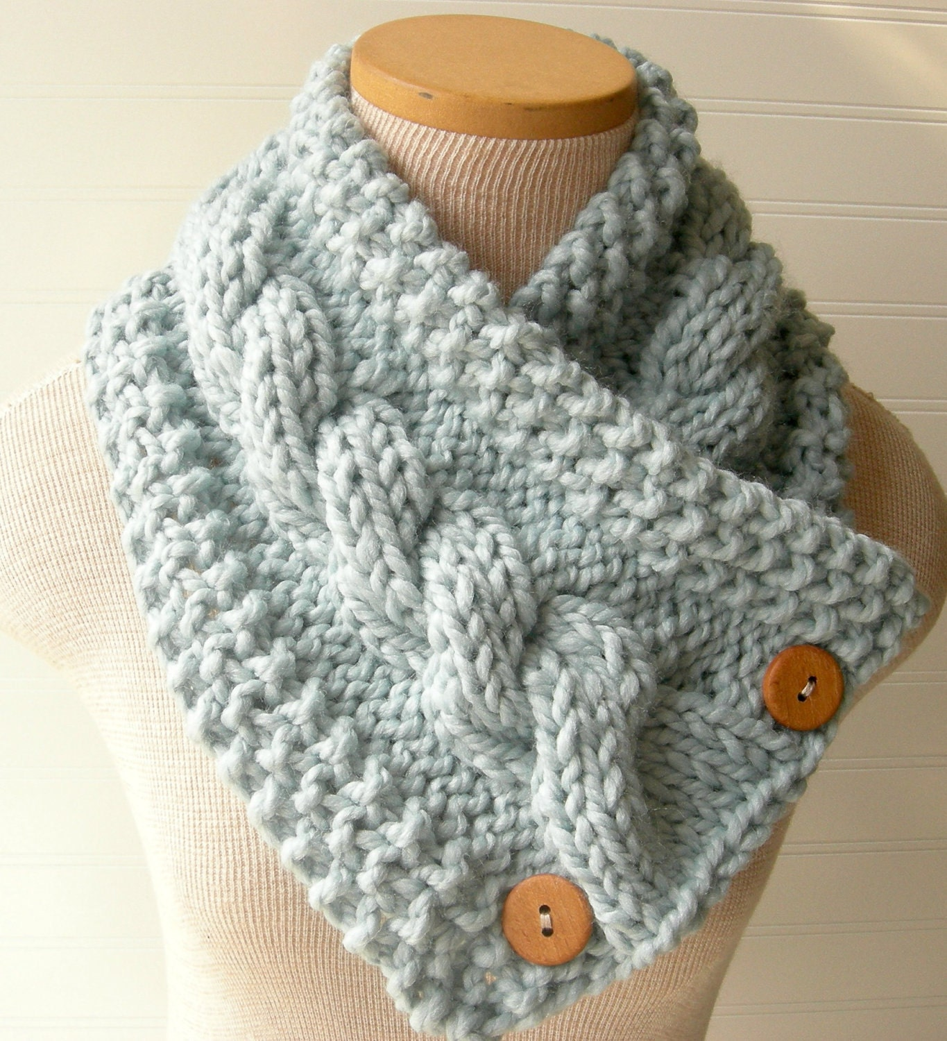 Free Knitting Pattern Chunky Cable Scarf : Chandeliers & Pendant Lights