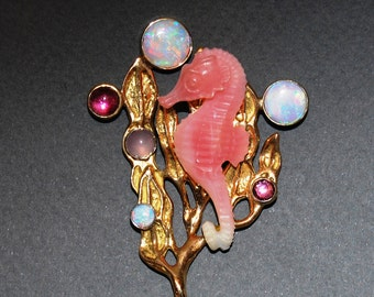 Pink Opal Seahorse Broach in 18kt