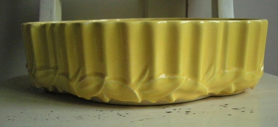 McCoy Pottery  Bowl or Planter  Sunny Yellow, ca 1948
