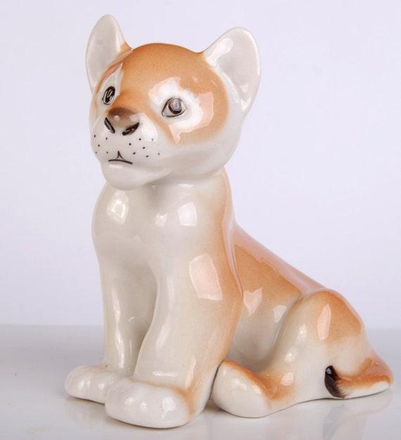 Rare LFZ Lomonosov Factory RUSSIAN Soviet Porcelain Figurine LION Baby Nice