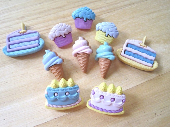 Birthday Treats Novelty Craft Sewing Buttons