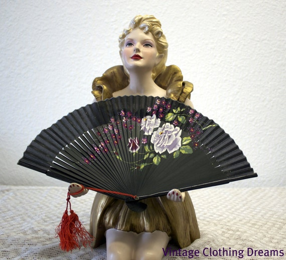 Vintage Hand Painted Fan - Ladies Fan with Wood slats, hand painted white and purple flowers, black painted paper 12-4