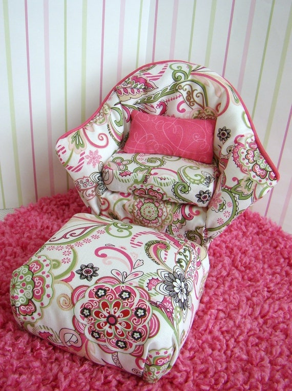 Barbie Furniture Pink And White Flower Print Arm Chair W