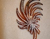 Vintage 1930s or 40s Bakelite Fan Spray Motif Brooch with Rhinestones