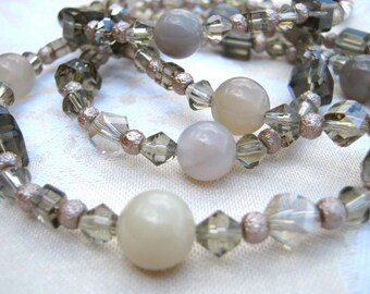Foggy chic necklace & earrings set - long, jade, milky grey, champagne