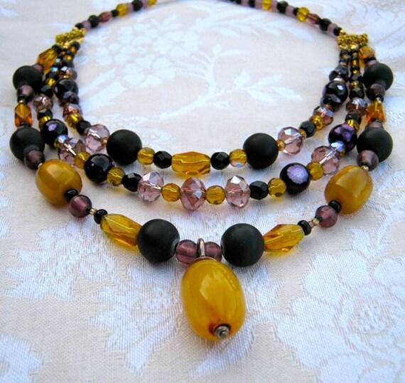 Yellow vintage pendant necklace - mauve, purple, gold, golden, black, short, 3 strands