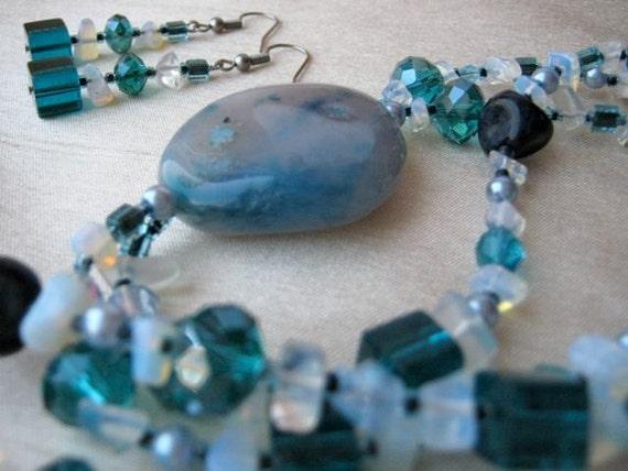 Teal Loop Necklace & Earrings Set - teal, white, sea blue, dark blue, fresh, beachy, loop (worn 2 ways - long or short)
