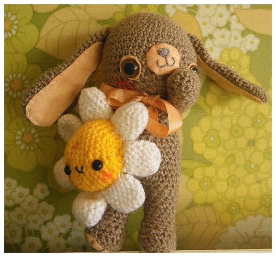 "kawaii amigurumi / crochet easter bunny and flower plush friends ""Olly&Munchkin"""