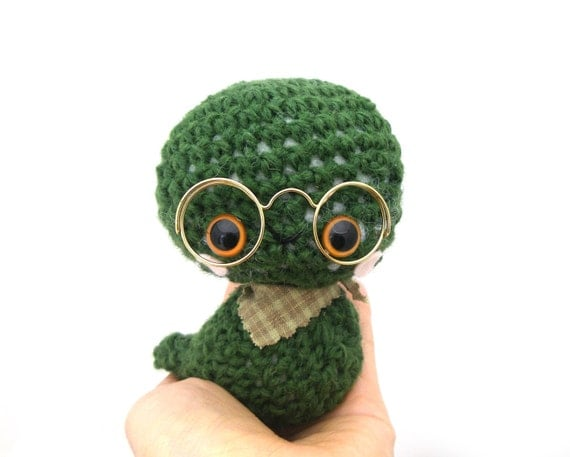 bookworm amigurumi plush stuffed animal glasses dark green crochet neck scarf OOAK miniature books gift box pink cheeks OOAK ready to ship