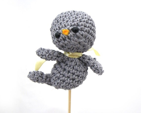 bird amigurumi cake topper wedding decoration plush gray grey organic cotton ornament birdie deco yellow ribbon crochet ready to ship