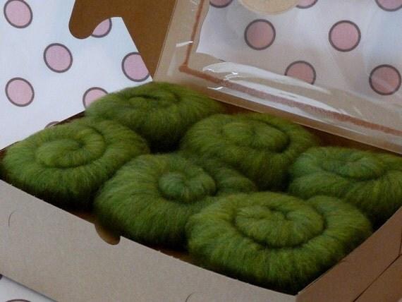 Cupcake Fiber Superwash BFL/Nylon Sock Fiber Batts 6 ounces  - Spring