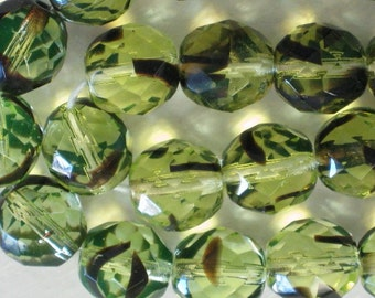 20 pieces Czech 10MM Fire Polish Glass beads Two-tone green/black  (CZ006)