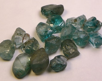 43ct Blue Zircon Rough from Taiwan 16 pc. (LOT42706)