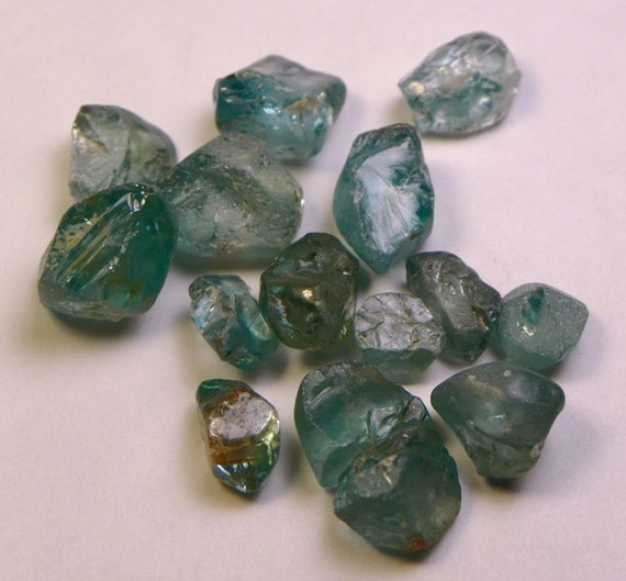 43ct Blue Zircon Rough from Taiwan 15 pc. (LOT42708)
