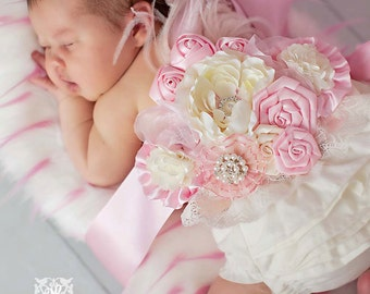 Pink Maternity Pregnancy Photo Prop  Couture Baby Sash for Belly Mom to Be Princess Girl First newborn photos