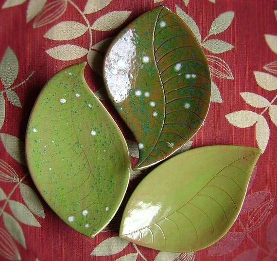 Large Leaf  Ceramic Dish, bowl, catchall, jewelry, ring holder, nature decor, soap dish, candle holder, teabag holder, spoon rest.