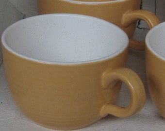 Vintage Franciscan melon and white tea cups set of 6