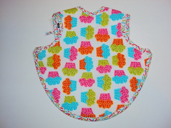 Personalized My Lil Cupcake Bapron - Baby Apron with FREE EMBROIDERY