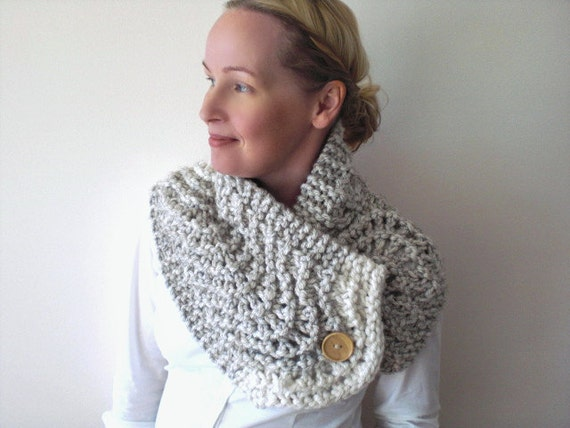 Hand knit cowl scarf / winter wheat white / rustic / country chic / accessory / warm / chunky / neck cozy / cottage chic / country inspired