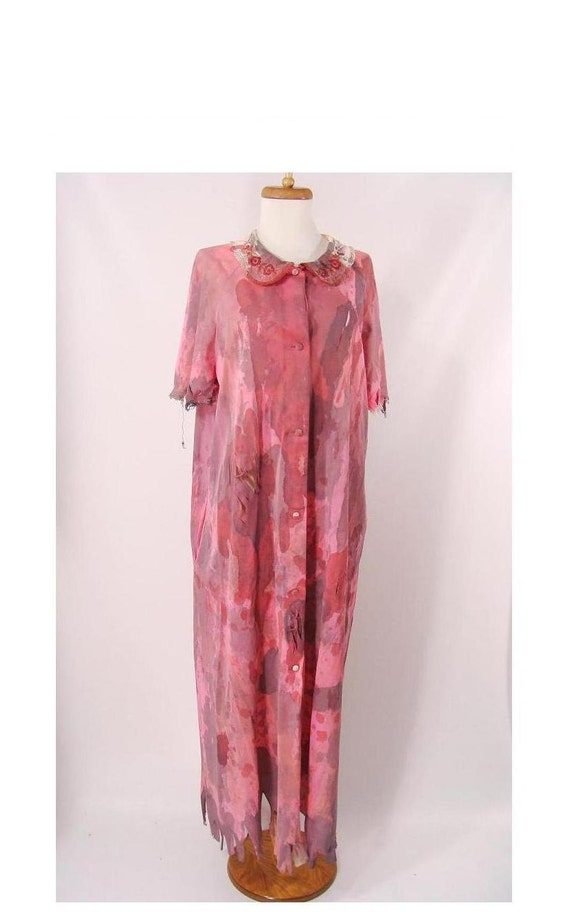 CLEARANCE vintage 70s Bloody Pink Housceoat Robe Zombie Granny M L