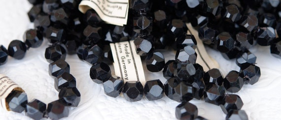 Vintage Beads, Black, Faceted Lucite,Round Squares Beads,ONE STRAND,West Germany, 9mm, (25)
