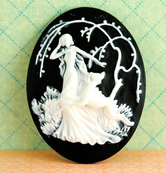 Vintage Cabochon, Black and White, Cameo, Woman with Deer,Art Nouveau,30x40mm, (1)
