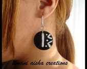 Mini Circle Earrings Black & White