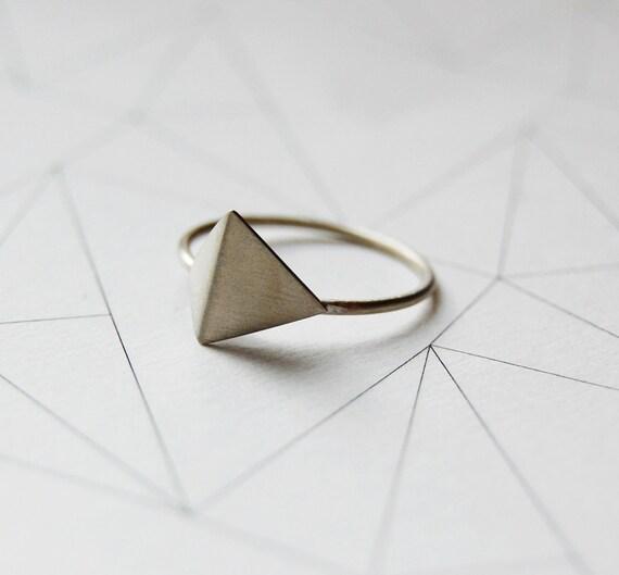 silver geometric ring N5 // pyramid ring // geometric shapes
