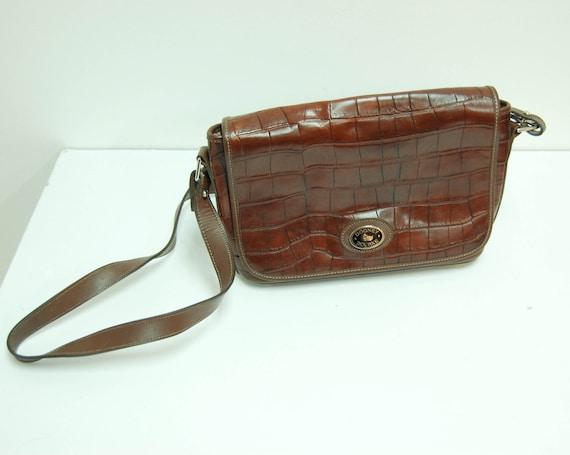 vintage// 1990s Dooney and Bourke Messenger Bag 5287