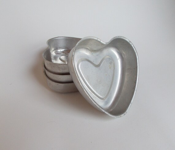 Sale- 50% off- Everything Must Go! Vintage Set of 4 Aluminum Heart Shaped Molds
