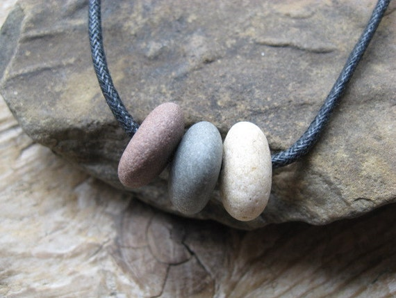 NATURALLY SIMPLE Beach Stone Necklace Choker
