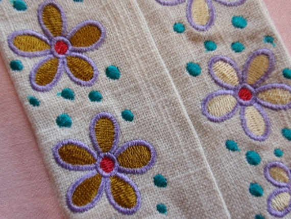 Embroidered Flowers and Dots Linen Tissue Caddy Funky Flowers