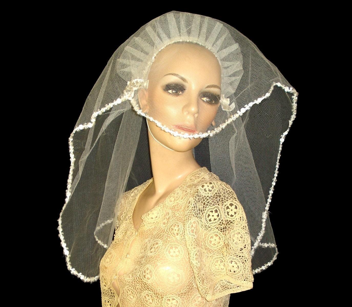 Headpieces For Wedding Veils: Vintage 1940s Wedding Veil Headpiece Headband Hat Dress Gown
