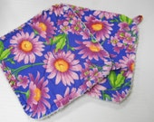 Lavendar Daisies Print - Pair of Quilted Fabric Pot Holders with Loops