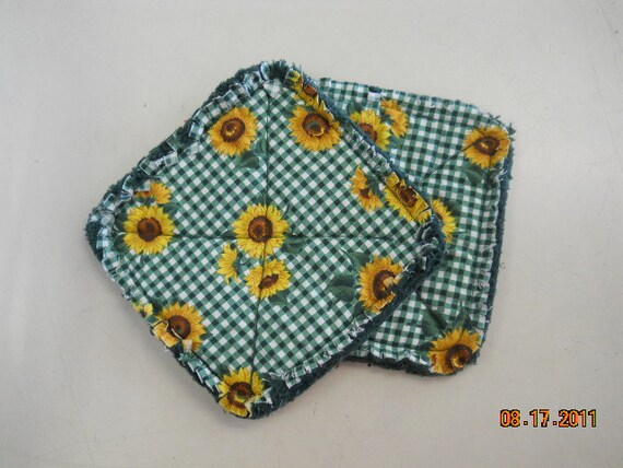 Sunflower and Gingham Print - Pair of Quilted Fabric Pot Holders