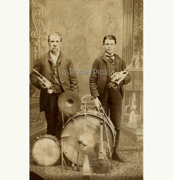 CdV Carte de Visite Photo | Vintage Photograph | MuSiCaL ArTisTs Father and Son | DRUM, VIOLIN, TRUMPETS