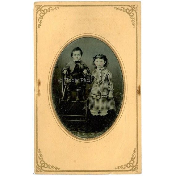 Tintype Photo CDV Mount / Civil War Era Fashion Children BROTHER SISTER Siblings / Antique Photograph