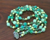 Triple Strand Green Beaded Necklace Vintage