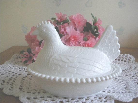 Vintage Milk Glass Chicken on a Nest Bowl