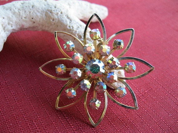 Rhinestone Brooch Aurora Borealis Flower Vintage