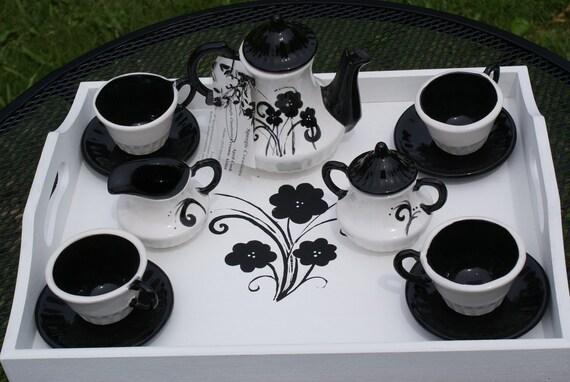 Children's Black and White Tea Set
